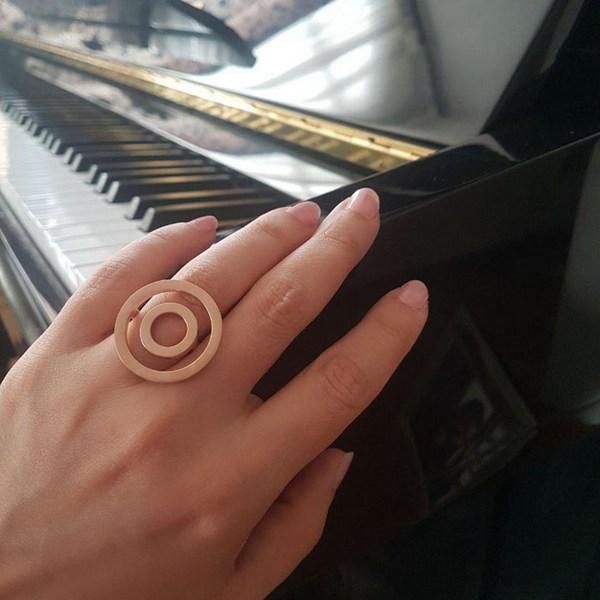 انگشتر دایره ای