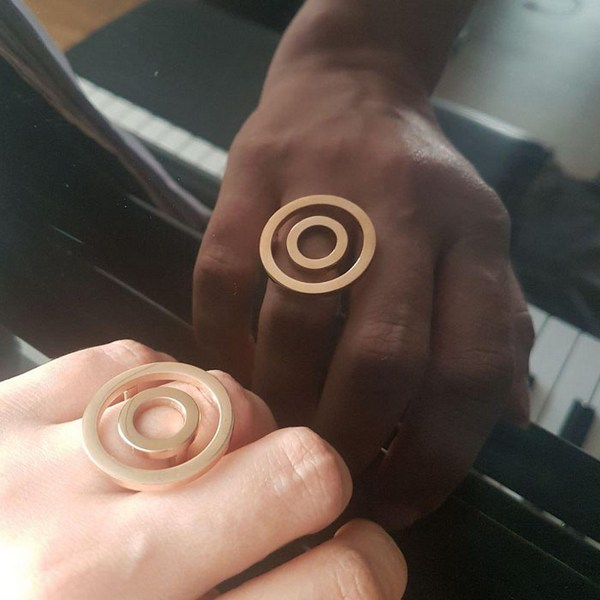 انگشتر استیل