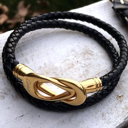 دستبند چرمی کارتیر با قفل طلایی رنگ