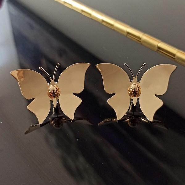 گوشواره پروانه طلایی