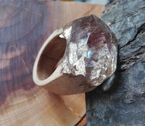 خرید انگشتر چوب و رزین