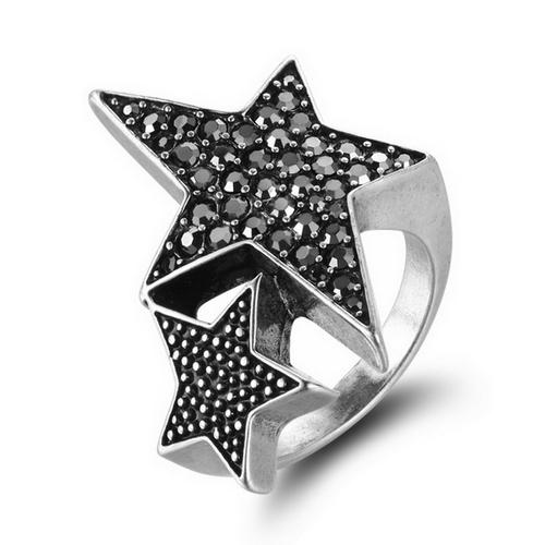 انگشتر ستاره نگین دار