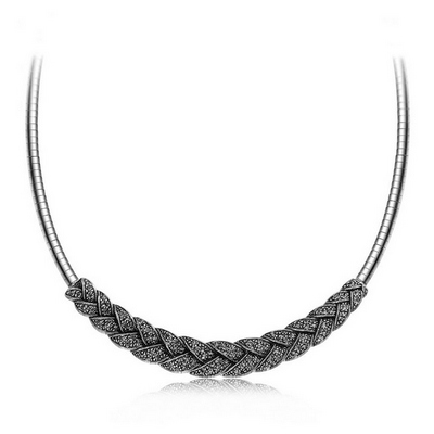 گردنبند طرح بافته با کریستالهای اتریشی