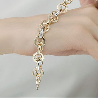 دستبند نقره زنجیری زنانه