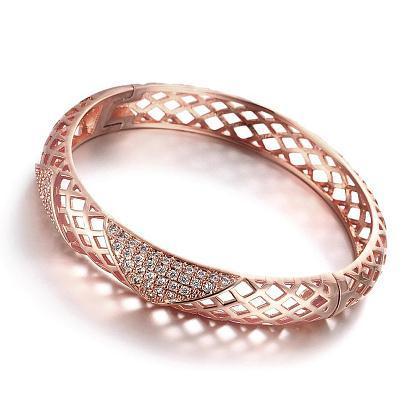 دستبند رزگلد نگین دار زنانه