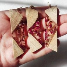 ست گردنبند و گوشواره چوب رزین